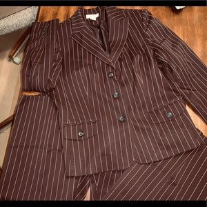Fabulous Pinstriped Suit: Look Polished & Perfect!